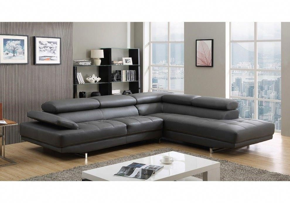 2017 Hottest And Trendiest Gray Leather Sofas For Fashionable Living Spaces Grey Leather Sofa Living Room Sofa Design Leather Couches Living Room