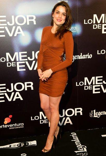 *: El estilo de la chica de moda : Adriana Ugarte.