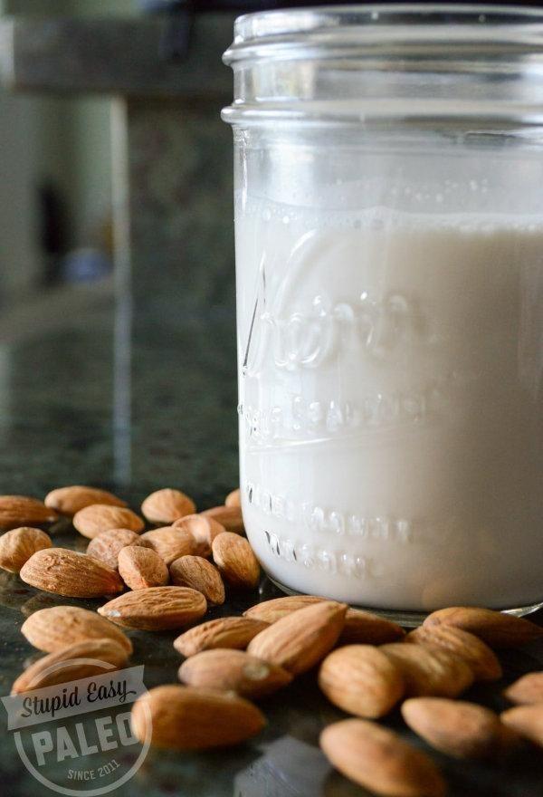 Recette de lait d\u0027amande maison Vinaigrette, Smoothies and Sauces - les meilleurs plans de maison