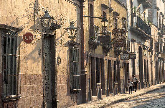 San Miguel de Allende street