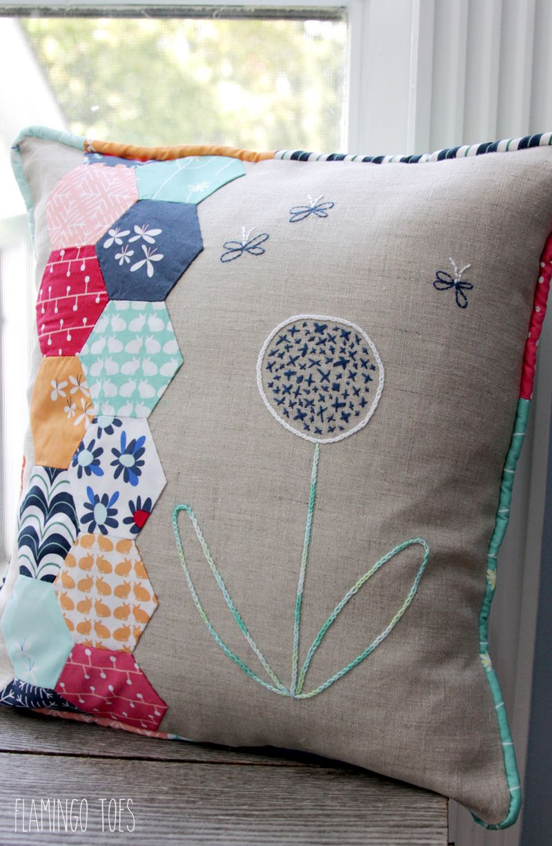 fabric hexagon and embroidery pillow hexagon n hen pinterest n hen und kissen. Black Bedroom Furniture Sets. Home Design Ideas