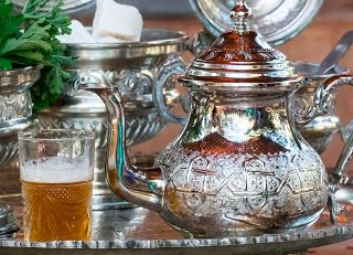 الشاي المغربي بالنعناع Sugar Bowl Set Bowl Set Decorative Jars