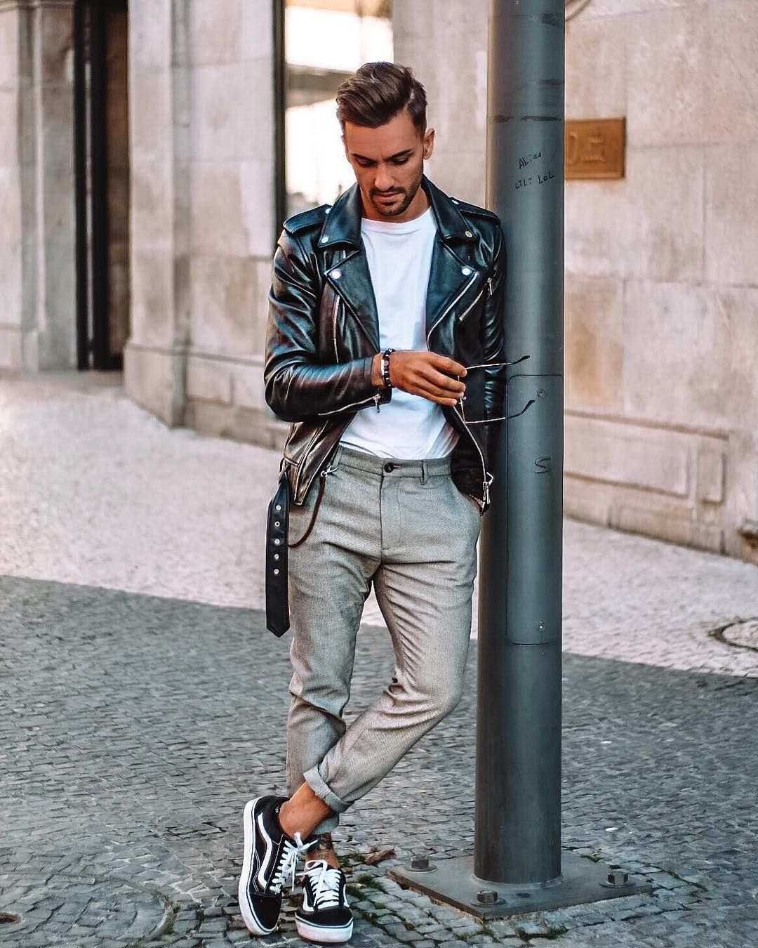 "Hugo Rodrigues on Instagram ""Daily details 🤙🏻🍁"" is part of Leather jacket street style - 2,031 Likes, 104 Comments  Hugo Rodrigues (@hugomsrodriguez) on Instagram ""Daily details 🤙🏻🍁"""