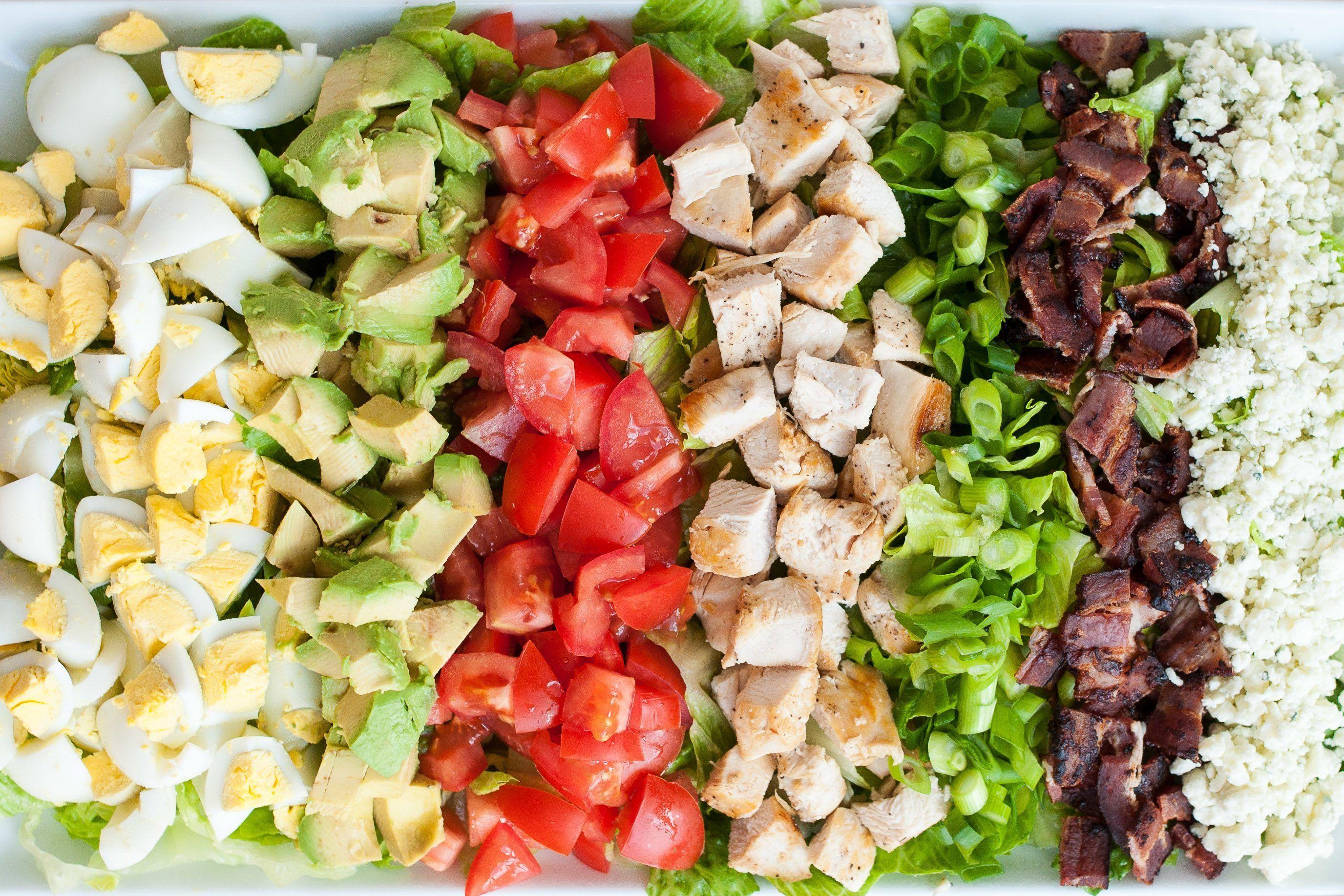Did You Get Here Via Fitfluential Com Kellyolexa Com Recipe Classic Cobb Salad Vinaigrette Recipes Red Wine Vinaigrette
