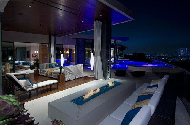 Modern Villa on the Blue Jay Way street