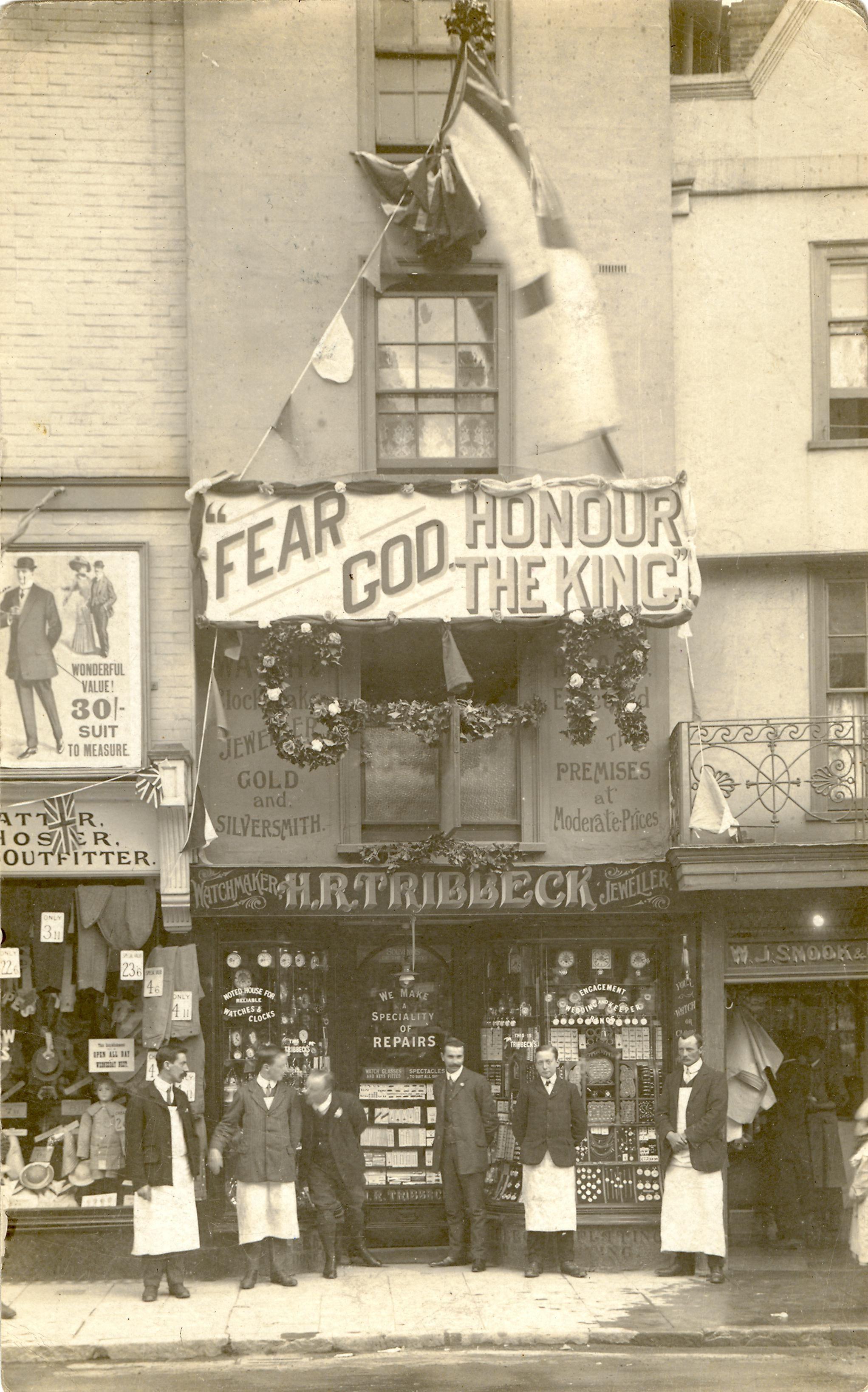 Tribbecks Jewellers Shopfront in Salisbury, UK @1911.