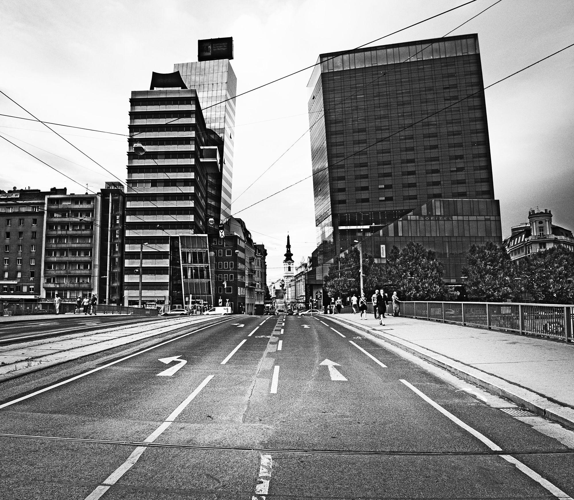 Urban Exploration: Arche by LeQuidam https://t.co/aQkYFvhNZ2   #500px #photography #photos https://t.co/1NYvKK8QjC #followme #photography