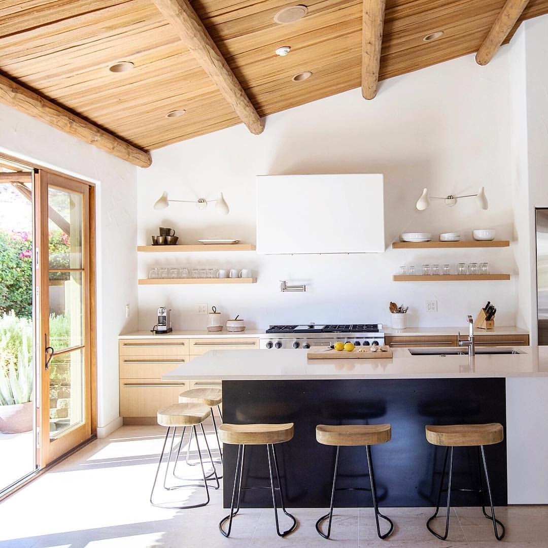 A Peek At A Story I Shot For Houseandhomemag In Palm Desert With Designer Aldapereiradesign Che Kitchen Cabinet Remodel Kitchen Interior Kitchen Inspirations