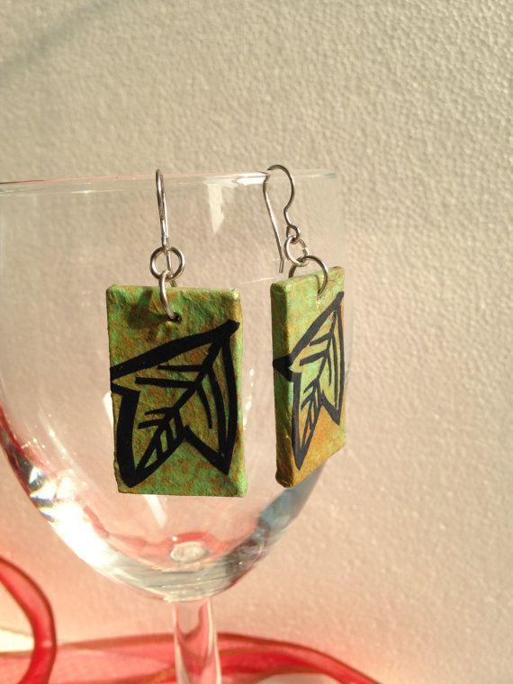 Handmade Hanji Paper Dangle Earrings Leaf Design by HanjiNaty