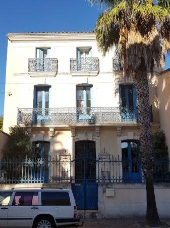 Prix Eur 389 900 A Vendre In Pezenas Languedoc Roussillon Superbe Maison De Maitre Offrant 320 M Habitables Su Maisons Francaises Maison De Maitre Pezenas