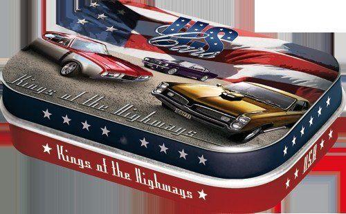 Pillendoosje US Cars Kings Of The Highways van Nostalgic Art: mooi en stijlvol door het unieke retro design. De doosjes zijn gevuld met pepermuntjes.
