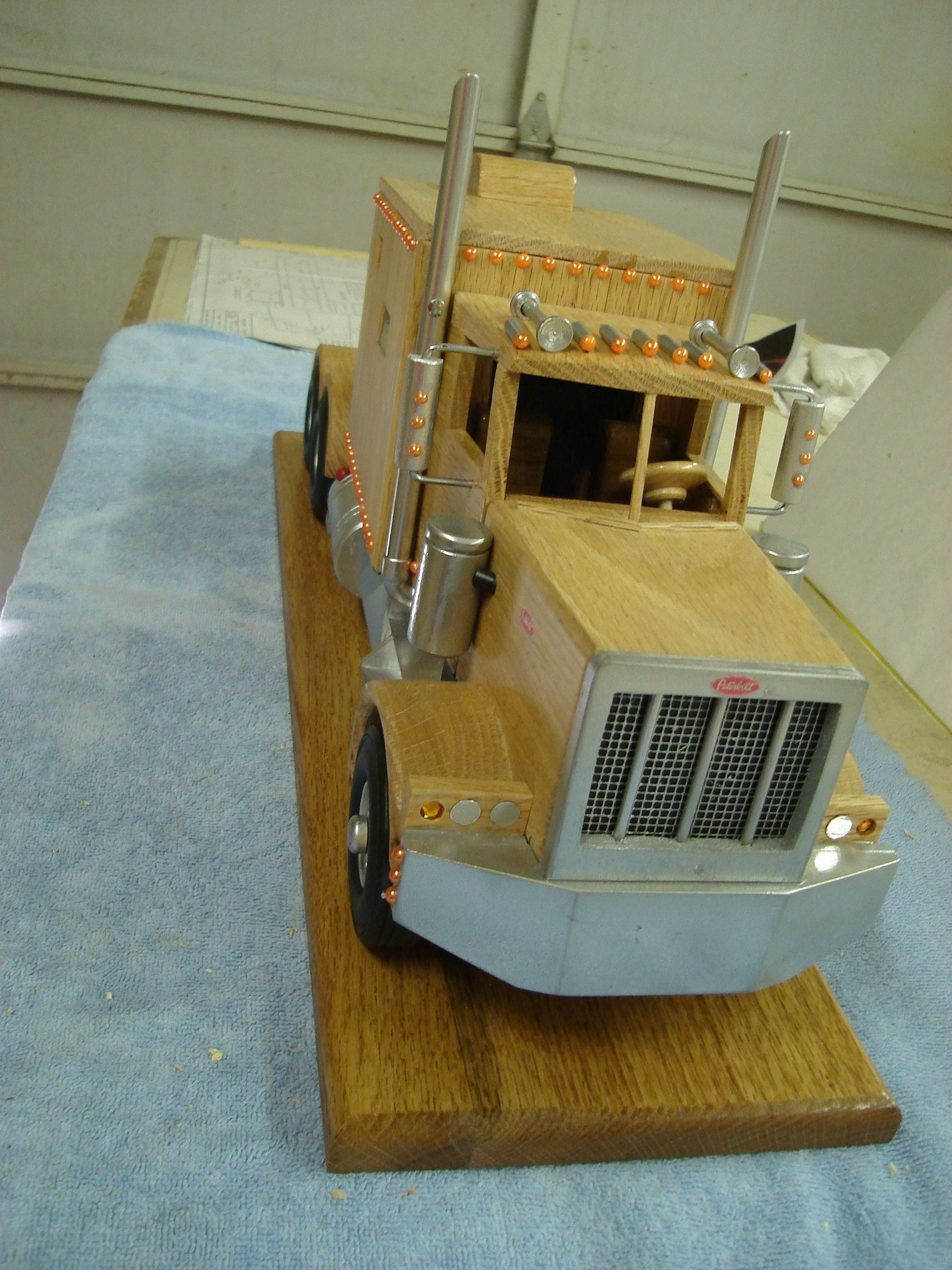 Frontal view of Oak truck