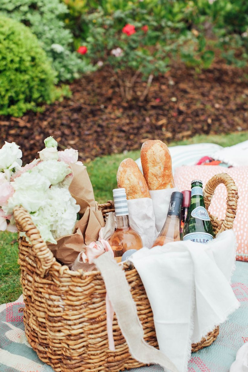 how to picnic like an event planner picnic pinterest picnics