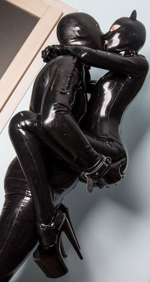 ボード「Latex,Rubber/catsuit」のピン