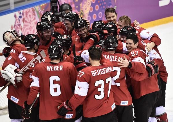 Team Canada Wins Gold Medal In Men S Olympic Hockey 2014 Olympic Hockey Team Canada Hockey Olympic Games