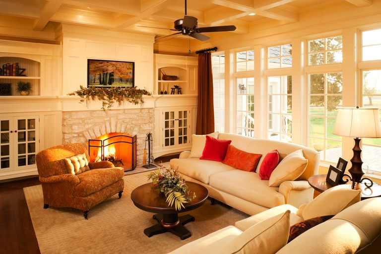 There's A Reason Original Craftsman Style Homes Are Still Around After 100 Years is part of Warm Elegant Living Room - Built to last