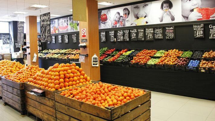 Fruterias modernas google zoeken fruter a pinterest for Decoracion de fruterias