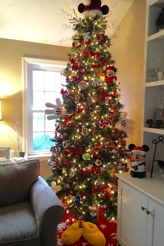 Disney Christmas Tree Mickey Mouse Theme Seasonal Fun Disney