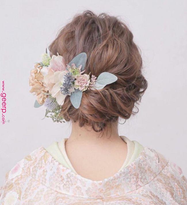 イマドキ愛され花嫁に変身 ヘアスタイル大特集 シーン別 Part 2 インスタで話題 もはや定番となったゆるふわルーズな花嫁のヘアスタイル 13万フォロワーを突破した Weddingnews Editorで紹介され Hair Setting Hair Arrange Japanese Hairstyle