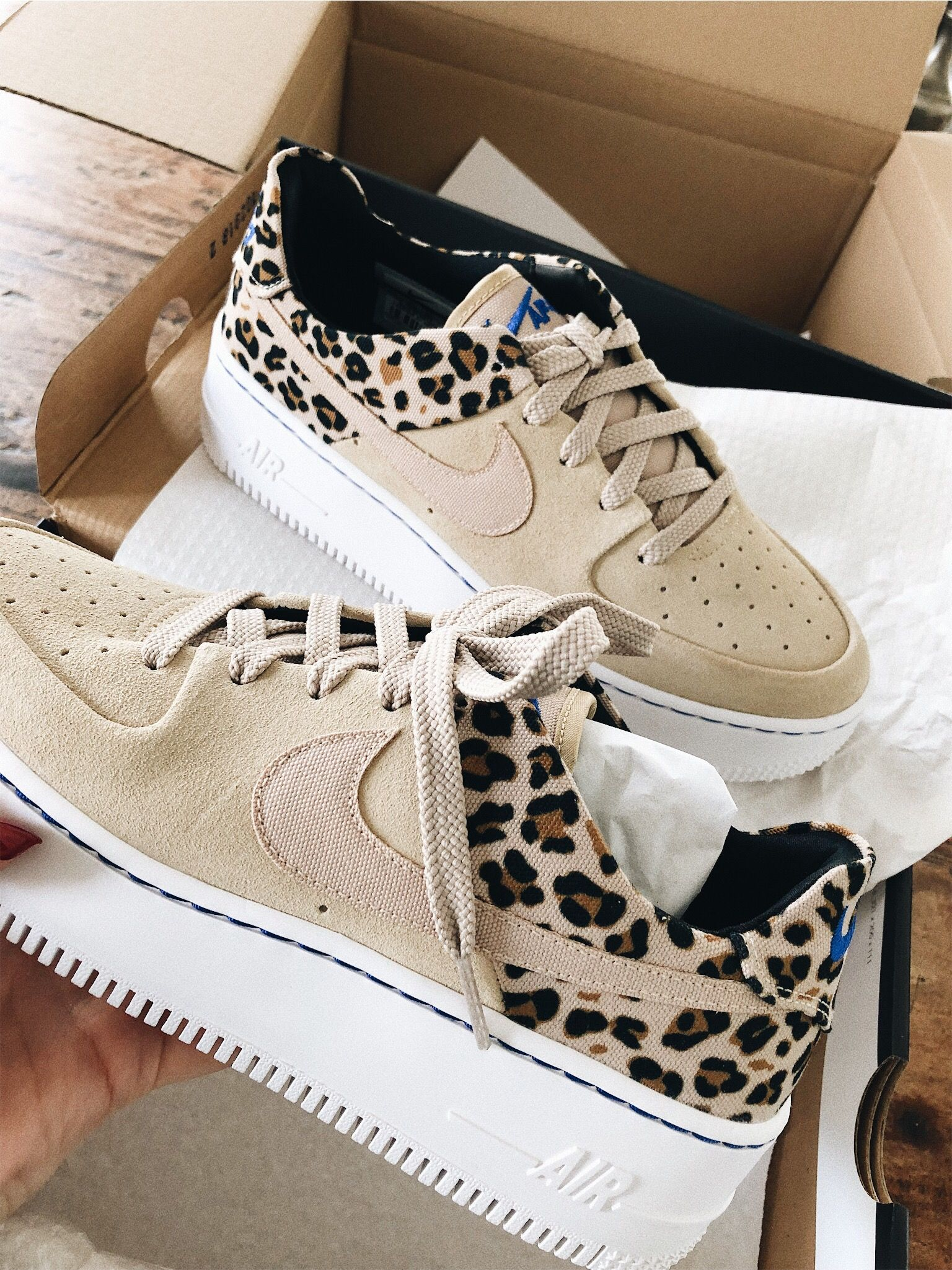 Air Force 1 Sage Leopard Print Pack </p>