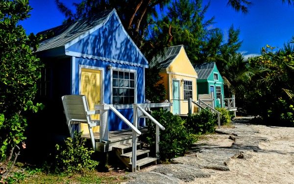 Colorful Tiny House Community By The Beach Tiny Beach House Tiny House Community Tiny House Village