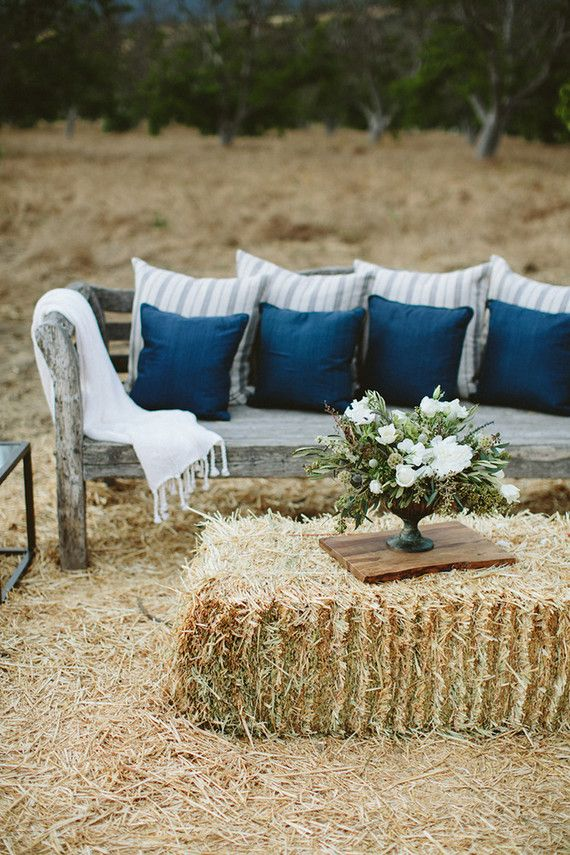 Rustic wedding lounge