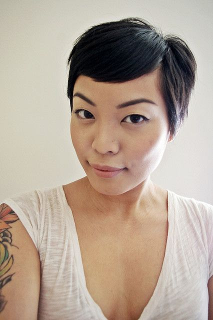 When NOT to get a pixie (non-complimentary face shape).