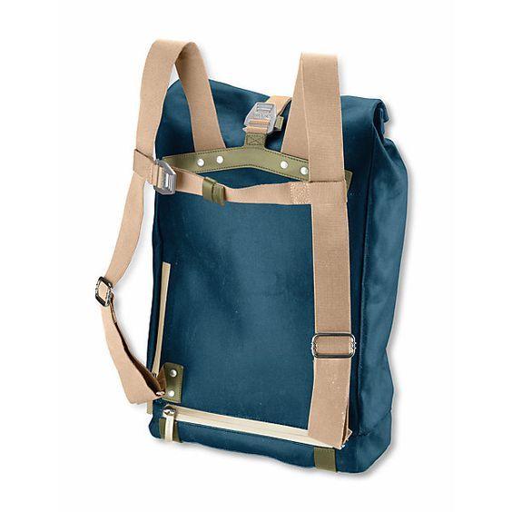Rucksack in zwei Formaten aus wasserfestem Material, rollbar zu verschließen und mit Verstärkungen aus robustem... - Rucksack Brooks Pickwick: