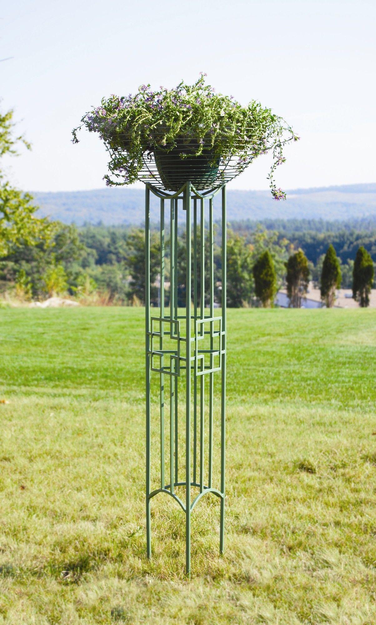 Square On Squares Iron Gothic Trellis Trellis Garden Design