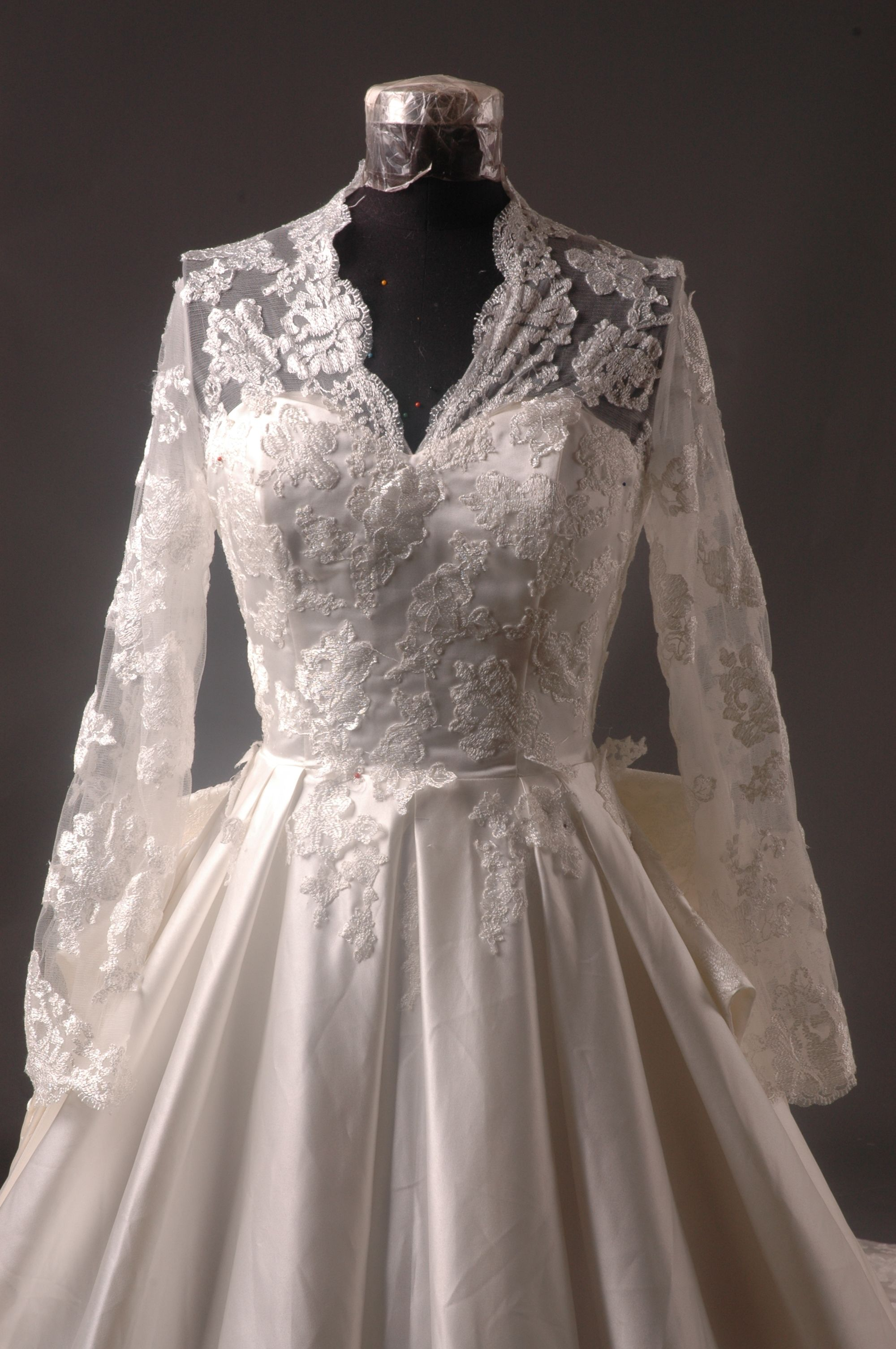 kate middleton wedding dress replica for sale - Google Search ...
