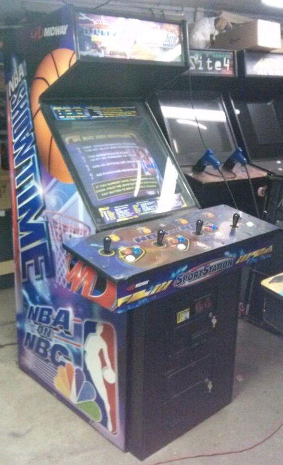 Midway NFL Blitz 2000 / NBA Showtime COMBO Arcade Machine