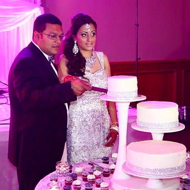 nice vancouver wedding 💑🍰💋 #dreamlinefilms #surreybc #vancouverbc #wedding #bcwedding #weddingvideo #weddingvideography #video #vimeo #videography #youtube #sikhwedding #indianwedding #hinduwedding #engagement #engagementparty #southasianwedding #bride #groom #bollywood #southasianbride #mehndi #milni #henna #punjabi #desi #justmarried #newlyweds #weddinginspo  #vancouverengagement #vancouverindianwedding #vancouverwedding #vancouverwedding
