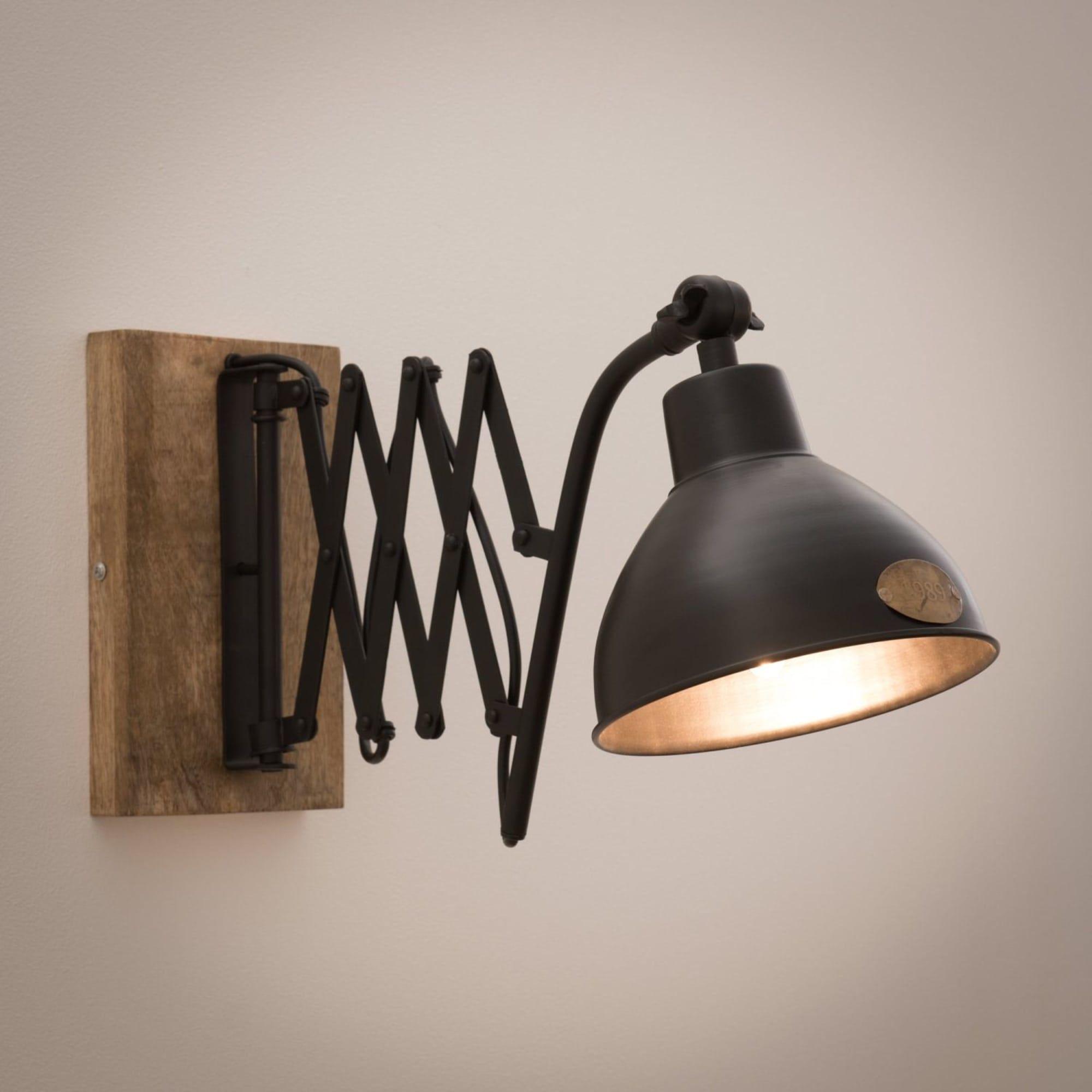 Applique Indus Ajustable En Manguier Et Metal Noir Maisons Du Monde Style Industriel Lampes Noires Lampe Bois