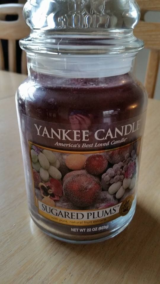 Yankee candle--sugar plums