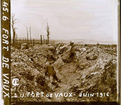 Ww1 Trench Near Fort Vaux Verdun June 1916 World War I Verdun