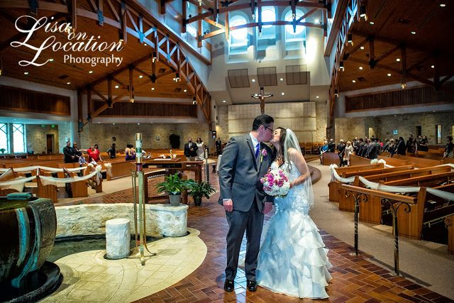 Lisa on Location: A Beautiful Evening in a Historic Hotel {San Antonio Wedding Photography}