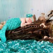 Diamond Mermaid Cocoon Photo Prop - via @Craftsy
