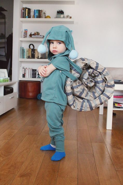 Pin by gili diskin on costumes pinterest costumes diy costumes diy snail costume the grumpy snail costume solutioingenieria Image collections