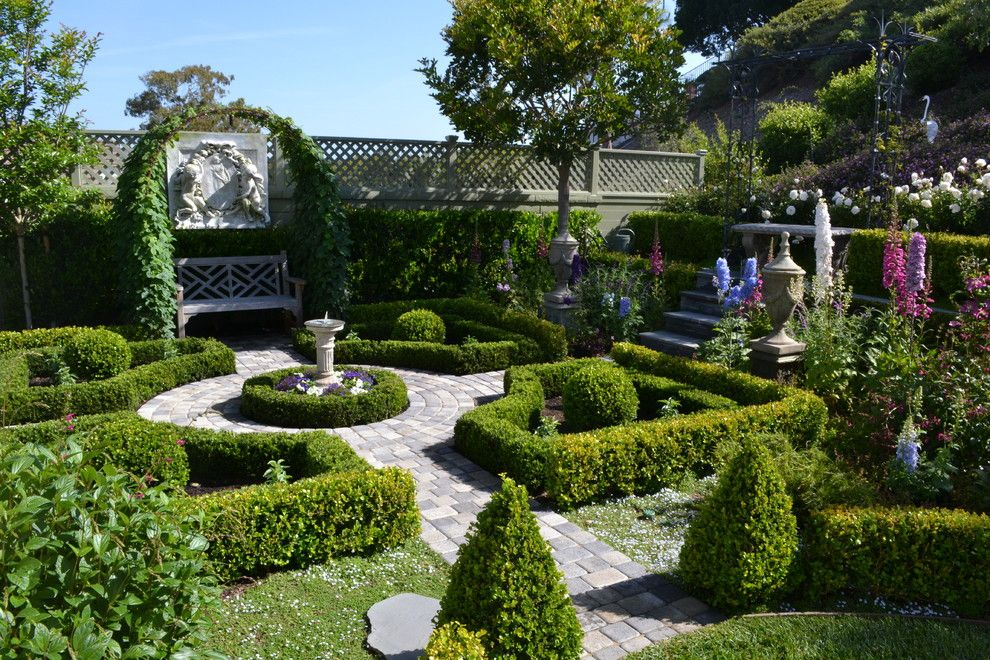 English Garden In Your Backyard. Garden Design IdeasFormal ...