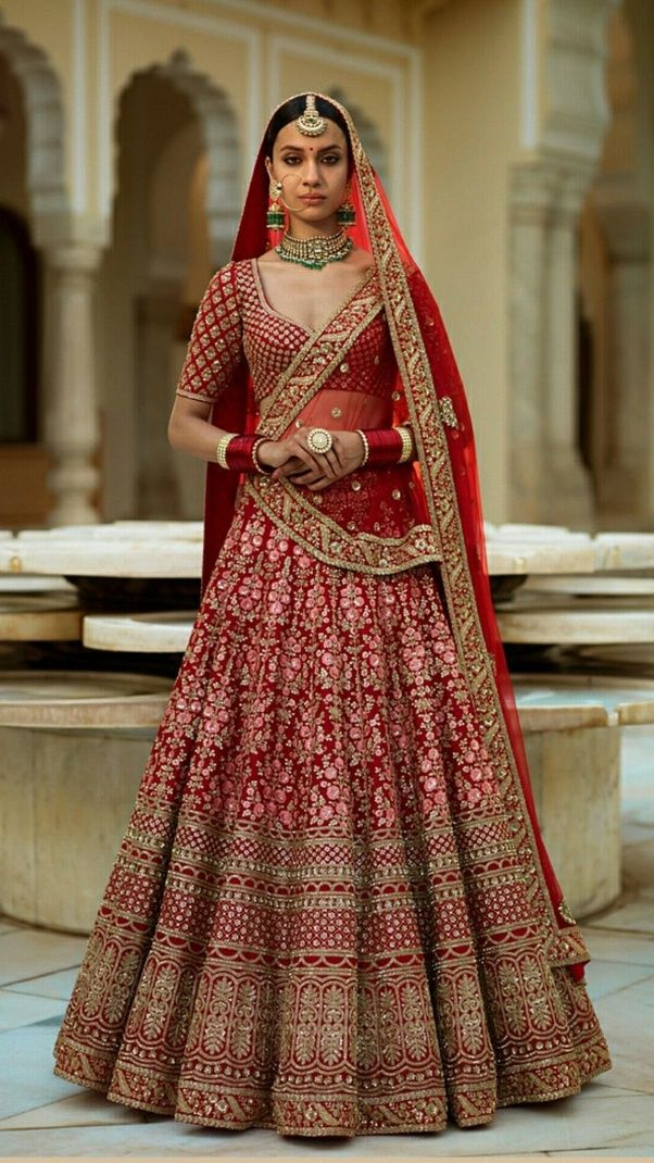 What are some of the best wedding dresses for Indian bride
