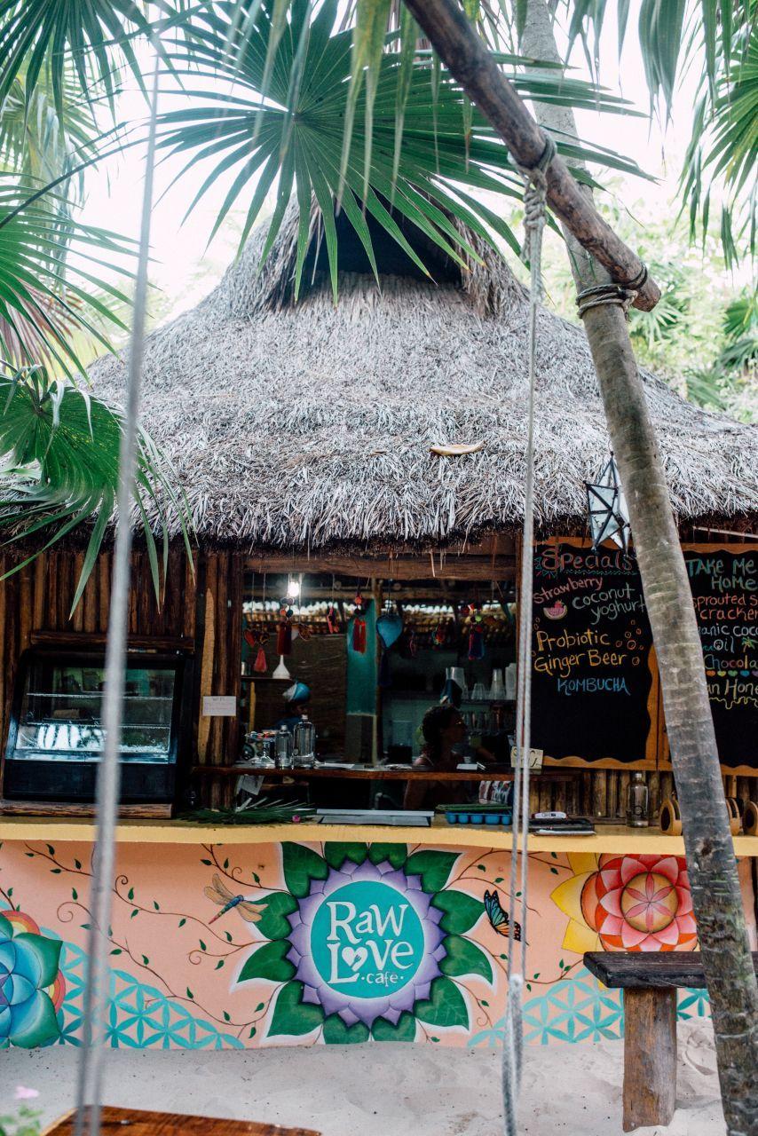 A Fashion Style Blog Written By San Diego Based Stylist And Marketing Expert Nihan Gorkem Featuring Daily Fashion And Pr Beach Design Beach Style Beach Bars