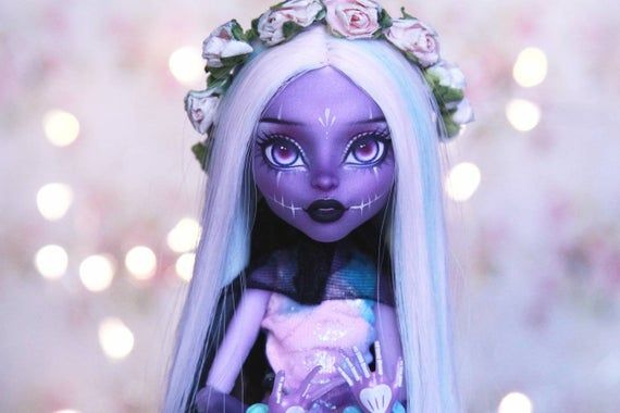 Ooak monster high doll /monster high repaint / doll repaint /glow / monster high ooak / custom doll / fashion doll /doll face up / gothic #ooakmonsterhigh