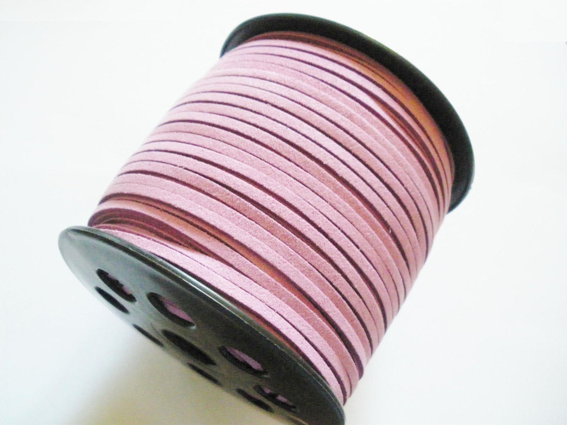 Cordon suédine violet 3 mm de large 1,5 mm d'épaisseur