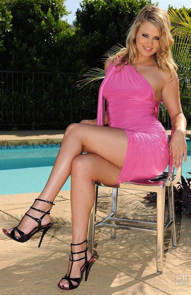 Heather Starlet Heather Orourke Ladies Who Lunch Lady Heels Skirts