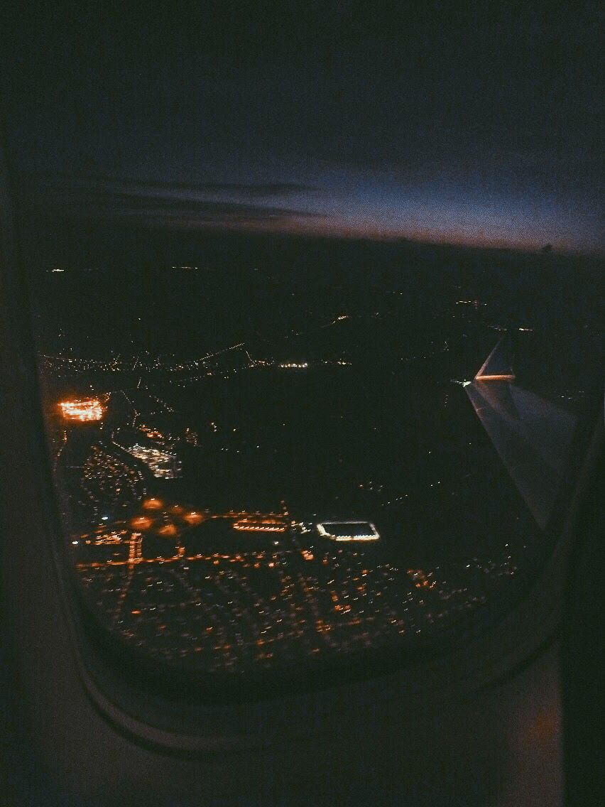 Pin By Kaylee Banks On Places On The Earth Sky Aesthetic Plane Photography Plane Window View