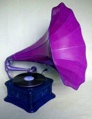 Purple Gramophone will definitely add a touch of glam in your living space.  Try it!