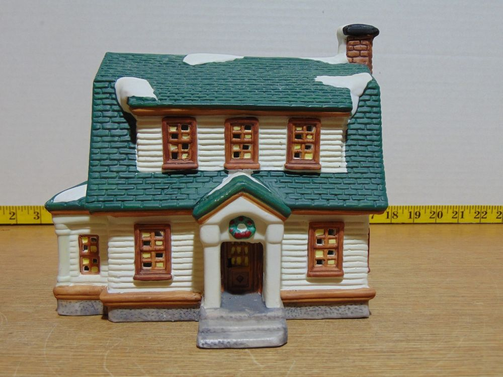 O Well Heartland Valley Village Deluxe Porcelain Lighted House With Images Valley Village Lighthouse Porcelain