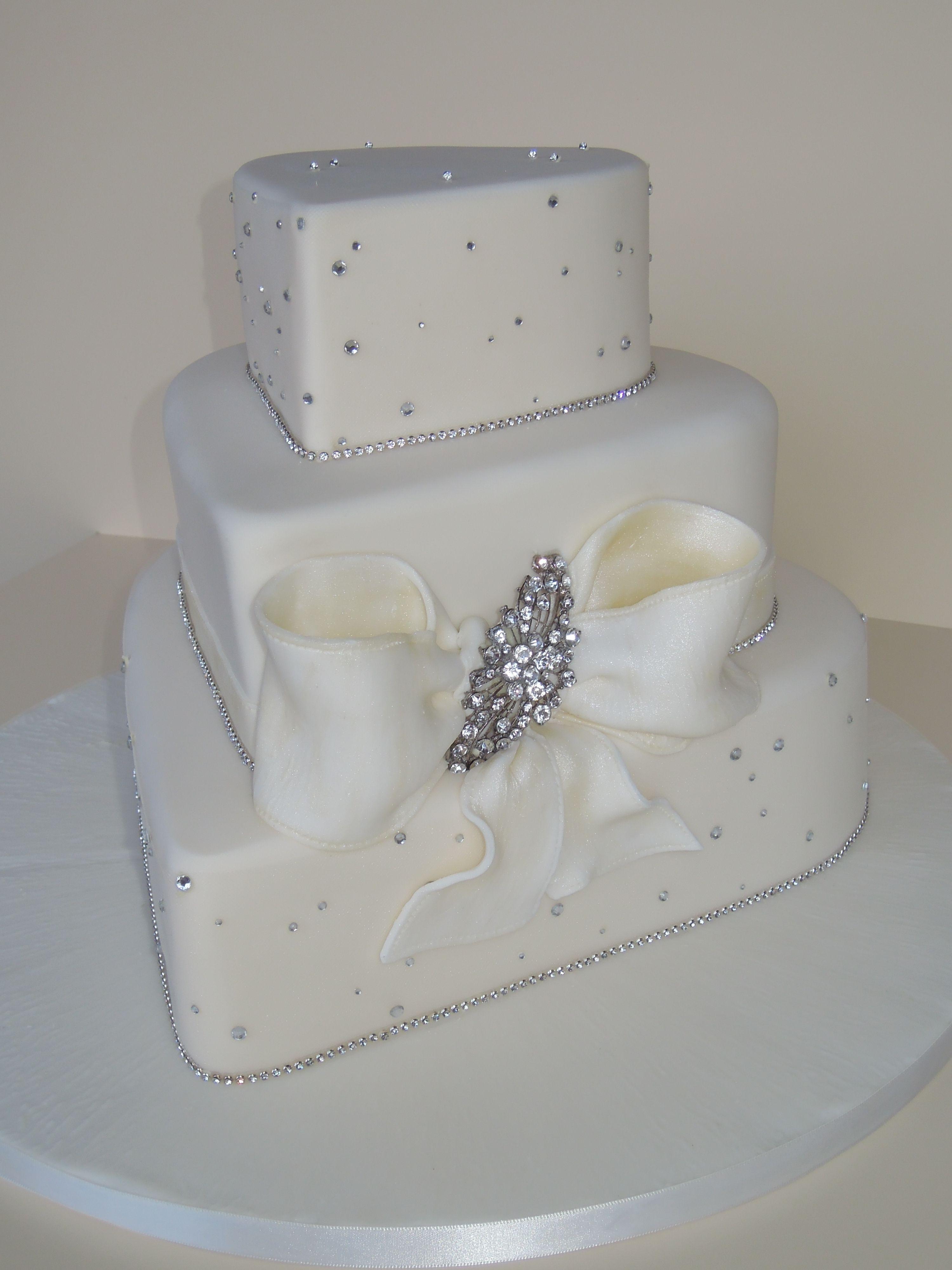 [100] [van earl cakes silver bling wedding cake] 162