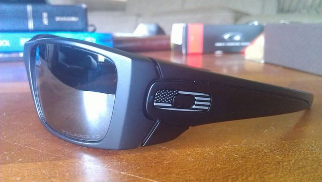 oakley fuel cell american flag