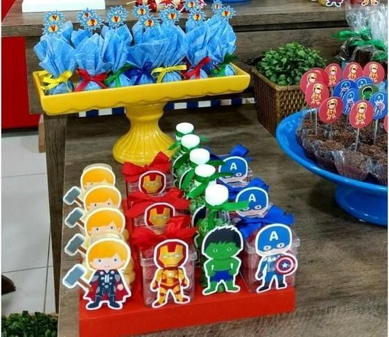 Ideas Para Decorar La Mesa Principal Fiesta De Avengers Marvel Birthday Party Avengers Party Superhero Birthday